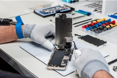 How Does Phone Refurbishment Actually Work?