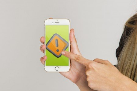 4 Common Smartphone Problems & Simple Solutions
