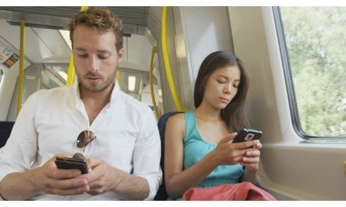 Mars and Venus: The Difference Between Male and Female Smartphone Use